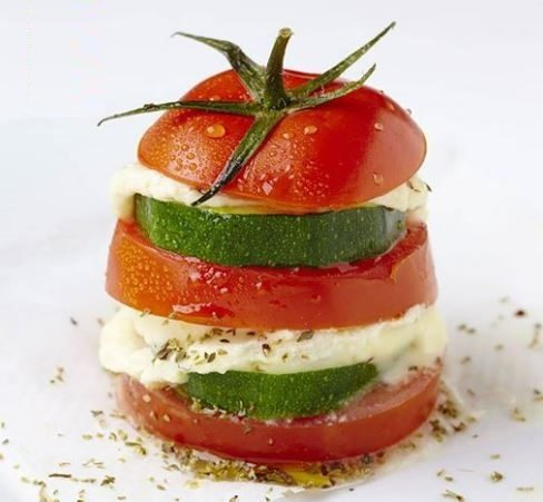 Mille feuilles de tomates vapeur